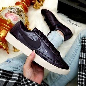 Nike Blazer Low Special Edition Premium Shoes